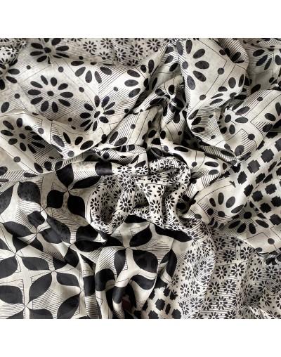 Дамски копринен шал Габриела 180 х 110 см